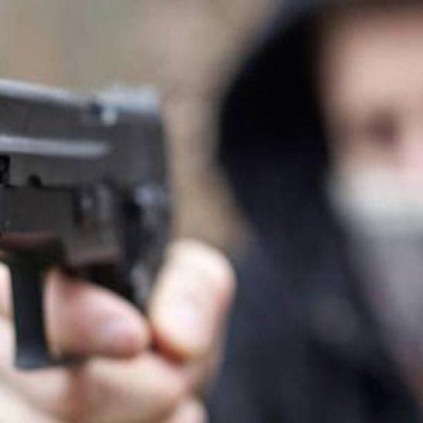 Napoli, gioielliere uccide il suo rapinatore