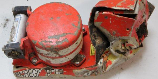 Perché è caduto l'aereo Germanwings? | Il mistero sul disastro dell'Airbus: le cause
