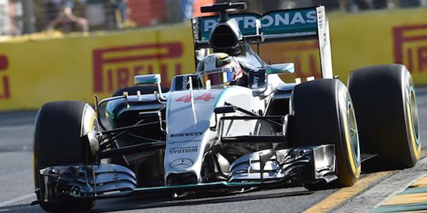 F1, Hamilton in pole anche a Monza | Ferrari super: Raikkonen 2°, Vettel 3°