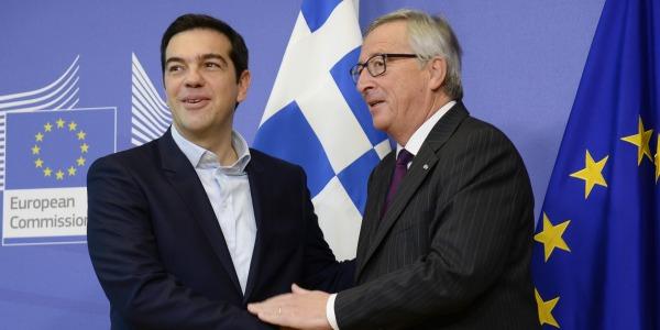 """La Grecia esce dal programma di aiuti: """"Momento storico"""""""