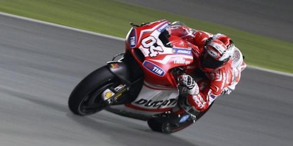 Moto Gp, problemi per Lorenzo nel warm up, Vinales il più veloce