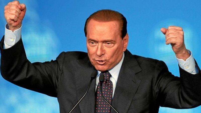 Processo escort, testimonianze false su Berlusconi|