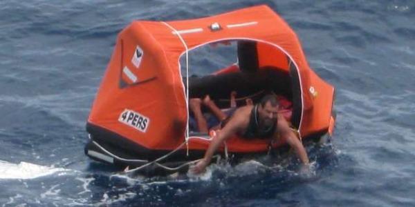 Naufragio del navigatore solitario Matteo Miceli   L'Sos arriva da Roma, salvato al largo del Brasile