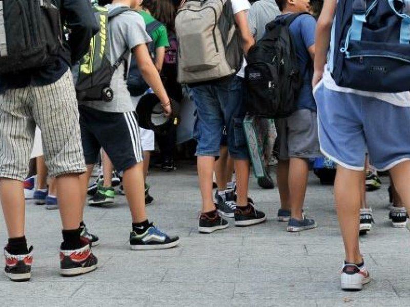 bullismo, scuola, Bergamo, bergamo studenti arrestati, Arrestati due sedicenni di Bergamo per bullismo, picchiano e minacciano un compagno di classe arrestati a Bergamo, Arrestati studenti di Zogno perché picchiavano e minacciavano un compagno