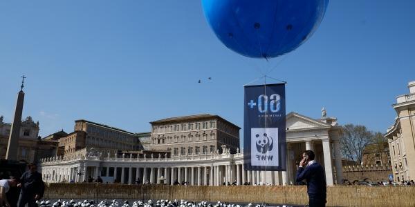 San Pietro, la sinagoga e la moschea al buio | A Roma le tre religioni celebrano l'Ora della terra