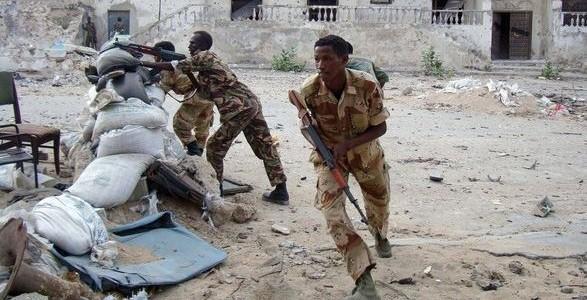 somalia-attacco-a-un-albergo-a-mogadiscio-587x300.jpg (587×300)