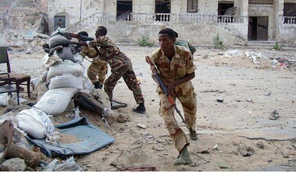 Somalia, assalto jihadista in un ristorante | Uccise almeno 31 persone, decine di feriti