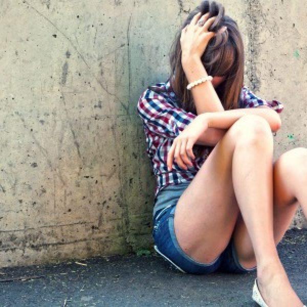 Napoli, 18enne inglese stuprata due volte: anche dal soccorritore