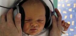 udito-rischi-musica-troppo-alta-bambini-e-neonati