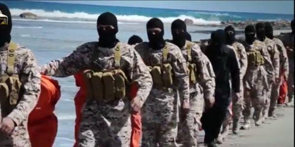 Mosul, l'Isis ha giustiziato e impalato 130 civili | Lo rivela un rappresentate della Camera irachena