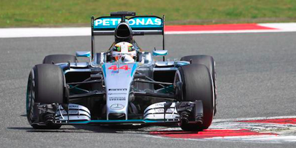 GP Gran Bretagna, trionfo Hamilton a Silverstone | Secondo Rosberg, terzo Vettel, solo 8° Raikkonen