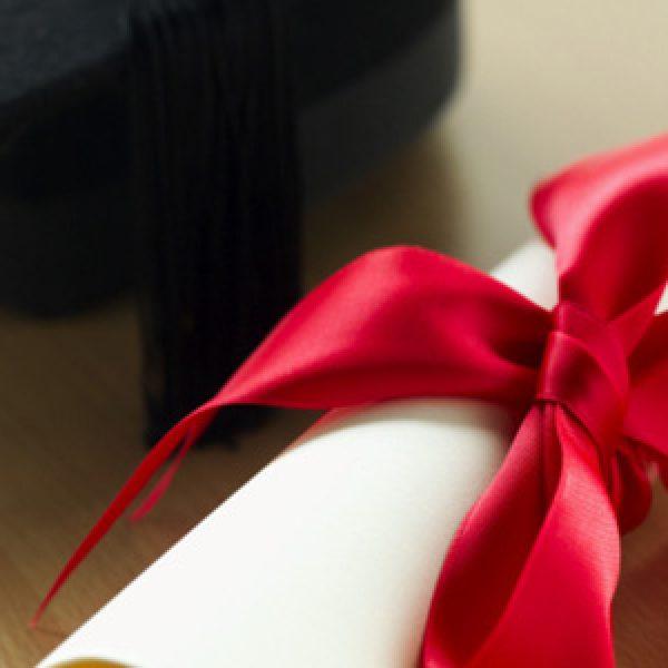 L'Italia è il paese meno istruito d'Europa | Solo il 15,7% è laureato contro la media del 27,3%