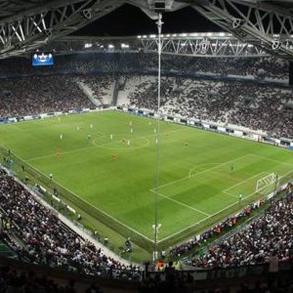 Doppio Higuain: la Juve batte il Chievo (2-0)