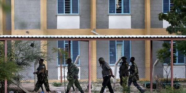 Strage di Garissa, sette poliziotti rimossi   In Kenya proseguono le indagini sul massacro