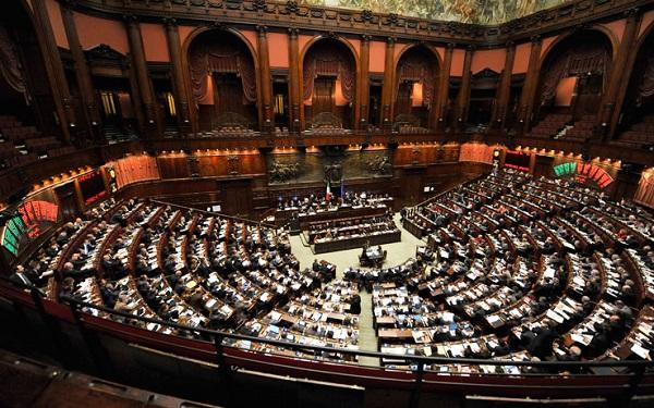 Manovra, la Commissione Bilancio approva: oggi alla Camera
