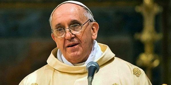 Papa Francesco andrà a Lesbo il 15 aprile | Lo conferma il portavoce padre Lombardi