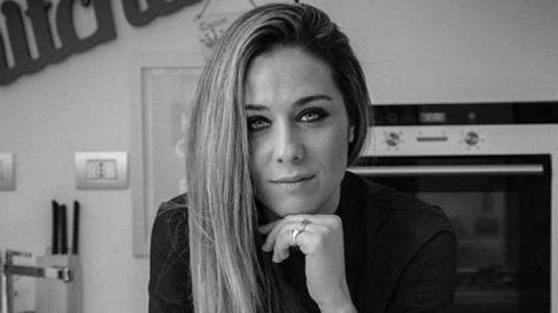 """Carbonara, la ricetta in diretta di Valentina Scarnecchia <u><b><font color=""""#343A90"""">VIDEO</font></u></b>"""
