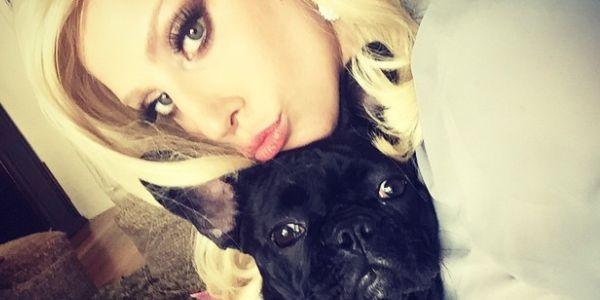 Lady Gaga su Instagram, presto lancerà una linea di abbigliamento e cibo per cani