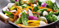 consumo di carne, crudismo, cucina vegetariana, dati dieta vegana, dieta, dieta vegana, Fuori Expo, GfK Eurisko, macrobiotico, Marche, vegani