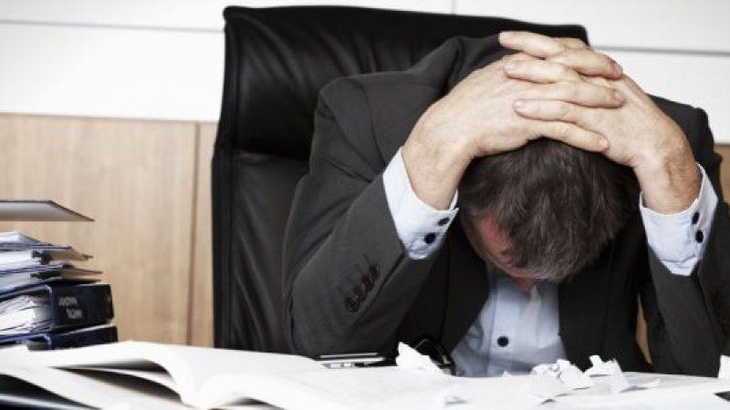 Ma quanto ci costa lo stress da lavoro! | L'Italia paga almeno tre miliardi all'anno