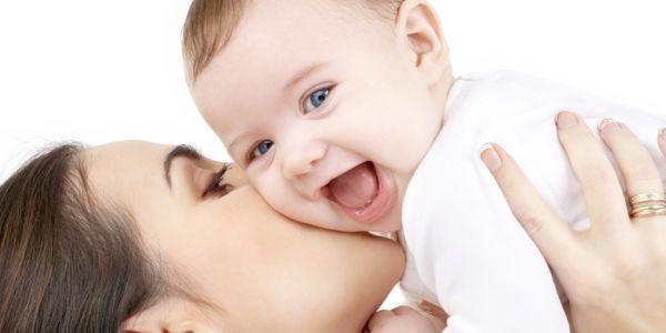 Como, nascita record: mamma partorisce undicesima figlia