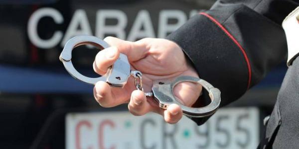 Rubavano auto di lusso da concessionarie | Fermati quattro uomini a Caserta