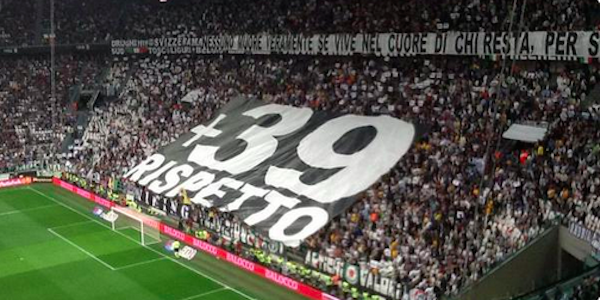 "Juventus-Napoli, lo Stadium ricorda l'Heysel con una coreografia <u><b><font color=""#343A90"">FOTO</font></u></b>"