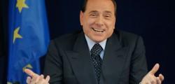 berlusconi contro grillo, Berlusconi contro Raggi, Berlusconi governo, governo Berlusconi, Virginia Raggi