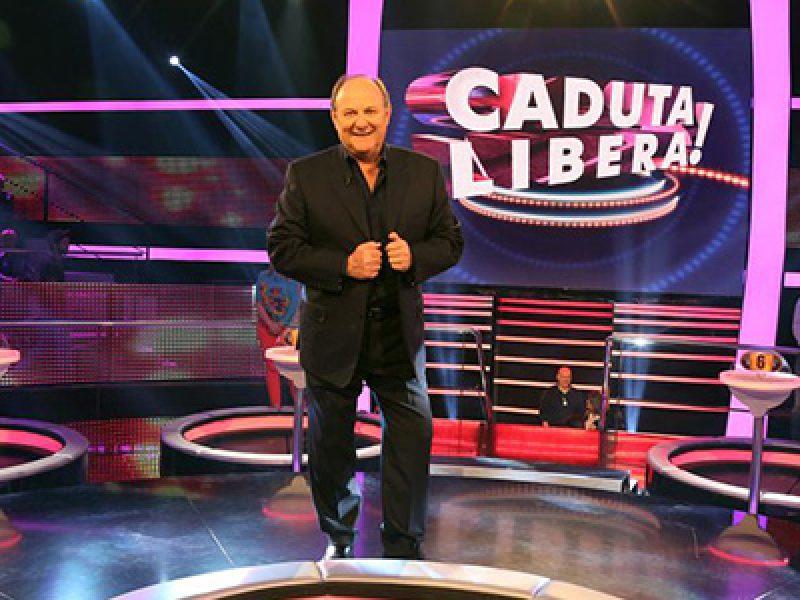 Caduta libera parte su canale 5 il nuovo quiz show condotto da gerry scotti si24 - Gioco da tavolo caduta libera ...
