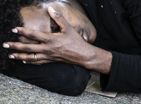 Ventimiglia, allarme scabbia: 6 migranti infetti | Cameron e Renzi pronti a collaborare in Sicilia