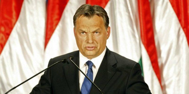 """Ungheria, proteste contro Orban: no alla legge """"schiavitù"""""""