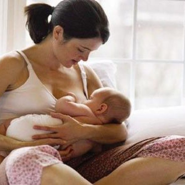 Il 'bonus mamma domani' diventa operativo |Dal 4 maggio sarà possibile presentare la domanda