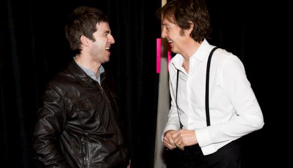 """Noel Gallagher: """"McCartney, scrivici un singolo e gli Oasis ritorneranno"""""""