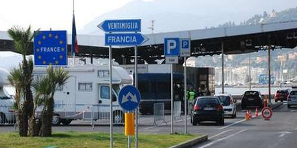 17 migranti furgone frigorifero, arresto Imperia, arresto Passeur, arresto passeur ventimiglia, arresto Ventimiglia, imperia, migranti ventimiglia, passeur, passeur Ventimiglia, ventimiglia