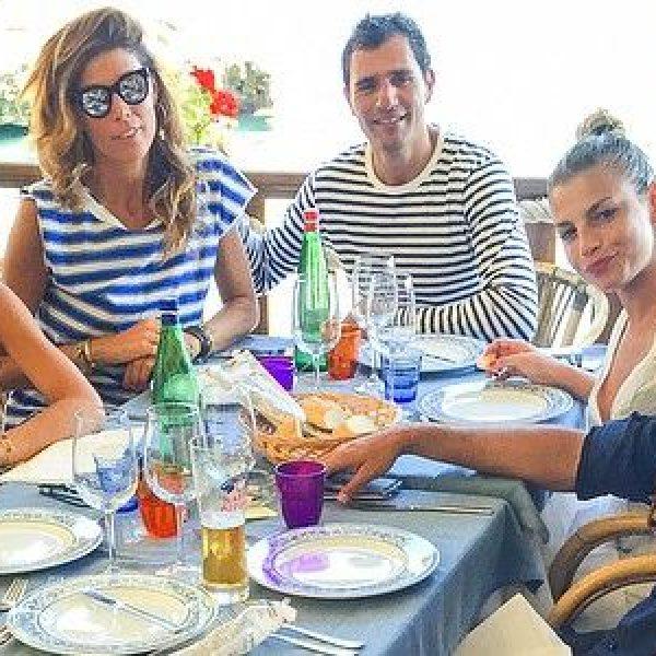 Emma Marrone e Fabio Borriello in vacanza a Capri /FOTO