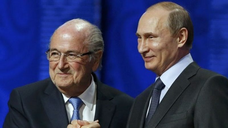 """Putin, """"Blatter merita il premio nobel"""". E sul doping in Russia: """"Sempre pronti a collaborare"""""""