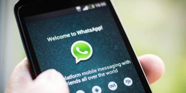 WhatsApp, due minuti per cancellare i messaggi inviati: ecco come funziona la nuova ozpione