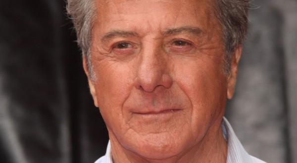 """Dustin Hoffman accusato di molestie sessuali: """"Ha abusato di me, avevo solo 16 anni"""""""