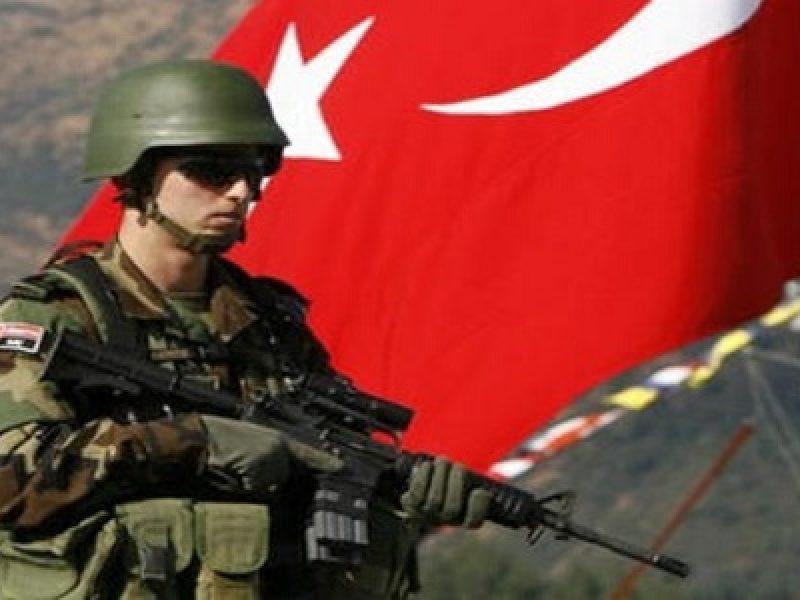 Ahmed Aboutayeb, divieto atterraggio ministro turco, Fatma Betul Sayan Kaya, ministro famiglia turco scortato, ministro turco scortato confine germania, Olanda, Olanda conto Turchia