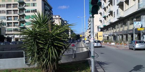 Palermo, coppia di anziani si schianta con l'auto | La passeggera 88enne muore, ferito il conducente