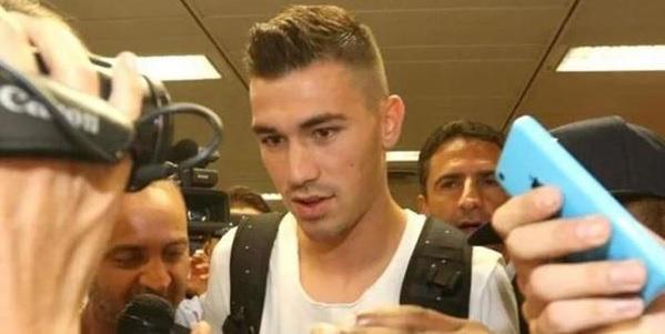 Milan, lesione agli adduttori per Romagnoli: il derby è a rischio