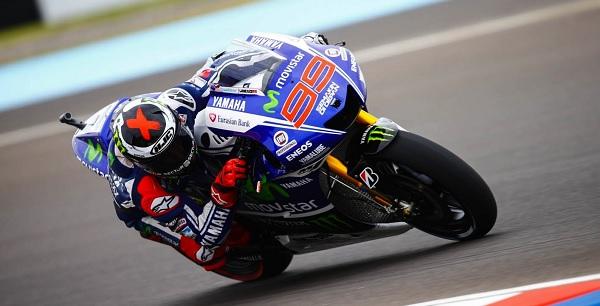 MotoGP, Lorenzo si prende la pole a Misano. Marquez 2°, anche Rossi in prima fila: è 3°
