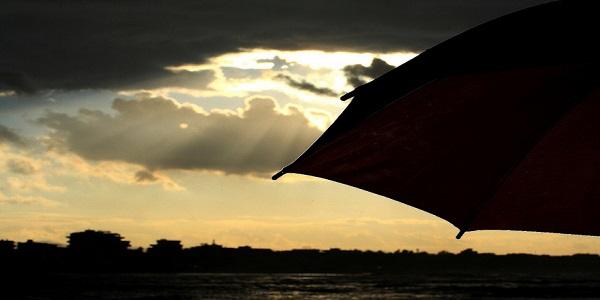 Meteo, domenica ancora maltempo al Nord | La prossima settimana colpo di coda dell'estate