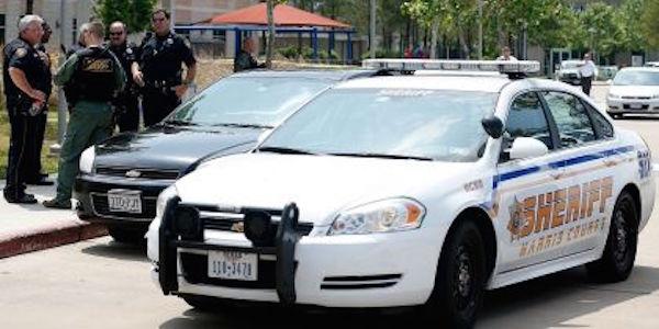 In Usa una festa finisce in tragedia  | Cinque morti, i sospettati in fuga