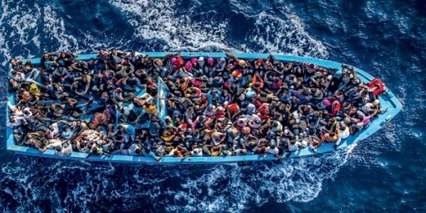 Ragusa, fermati due siriani al porto di Pozzallo | Sui loro cellulari trovate immagini pro – jihad