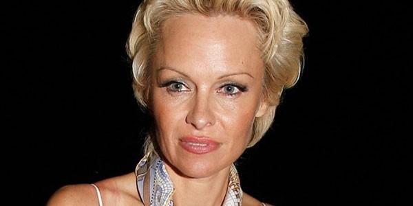 Pamela Anderson ammette:
