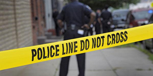 Usa, tenta di rubare auto con bimbi a bordo e viene linciato