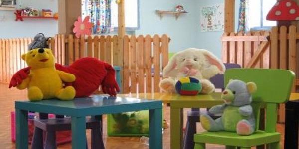 Maltrattamenti in un asilo, arrestata una maestra | Urlava, minacciava e picchiava i suoi piccoli alunni