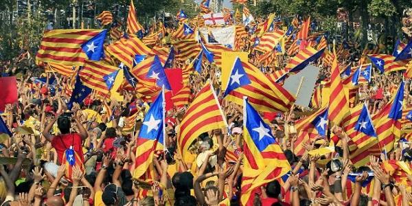 Catalogna, arrestati due capi indipendentisti |Rimane in libertà il leader dei Mossos d'Esquadra