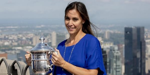 Tennis, Pennetta contro Sharapova e Halep: sorteggiato il tabellone delle Finals